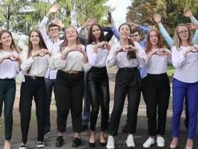 Учні 11 класу Лобачівської школи