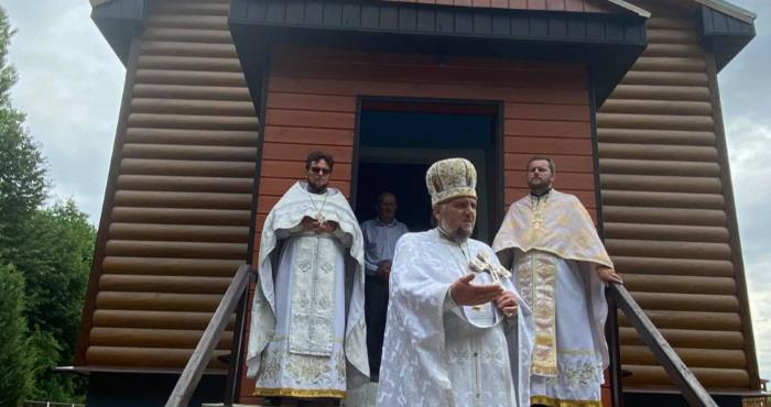 Релігійну громаду в селі Жуковець привітали з ювілеєм