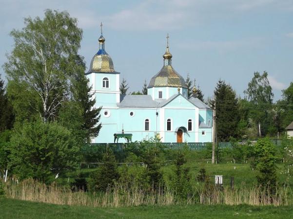 Свято-Покровський храм у селі Терешківці