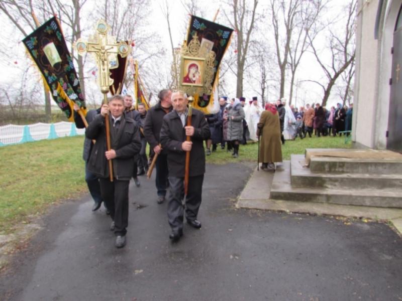 Хресний хід у день 20-річчя храму села Мирне