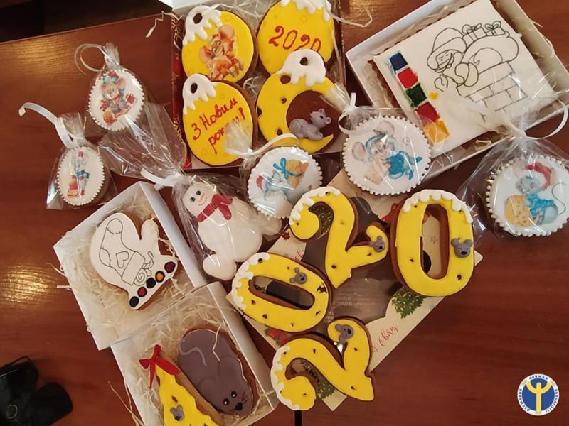Такі солодощі виготовили учасники майстер-класу