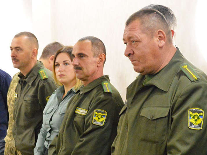 Юрій Мельничук справа