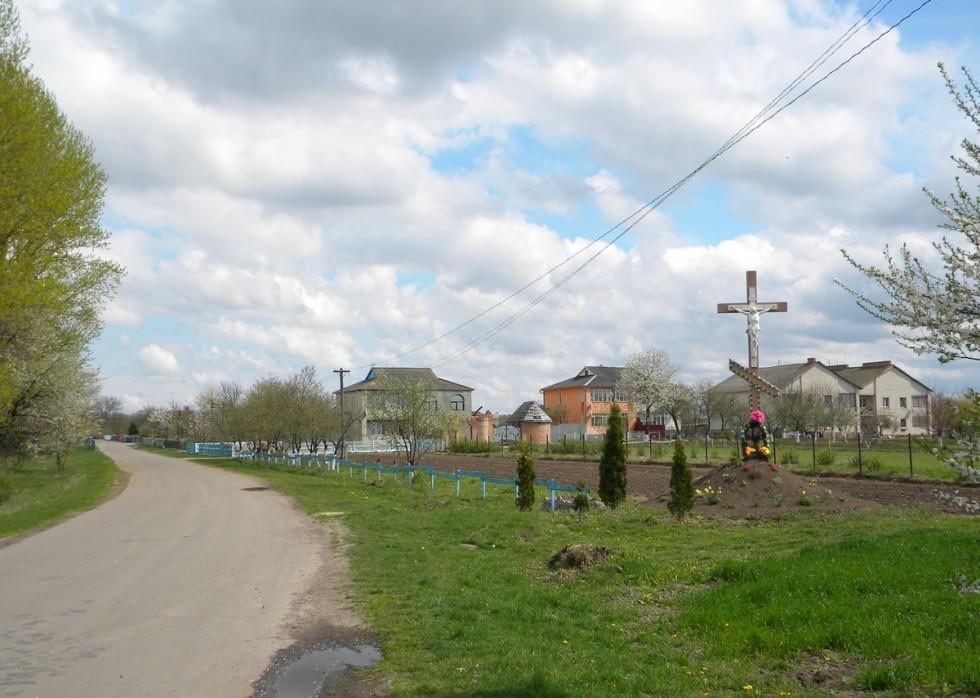 В'їзд у село Мерва