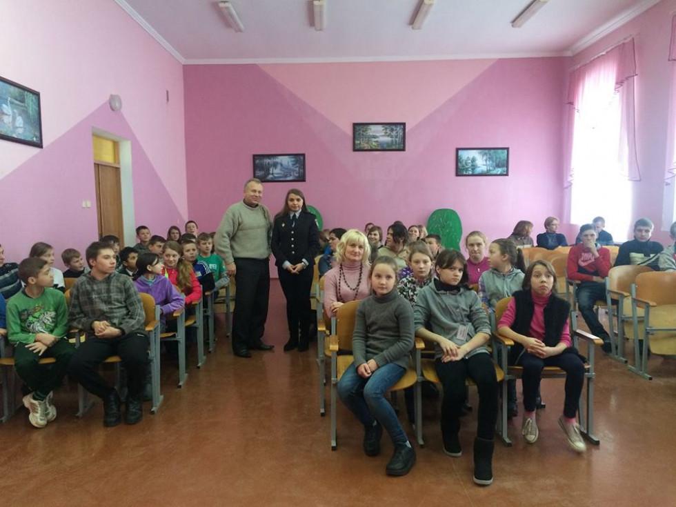 Школярам Сенкевичівки розповіли про права та обов`язки
