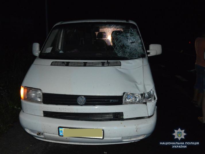 Під колесами авто на Горохівщині загинув пішохід