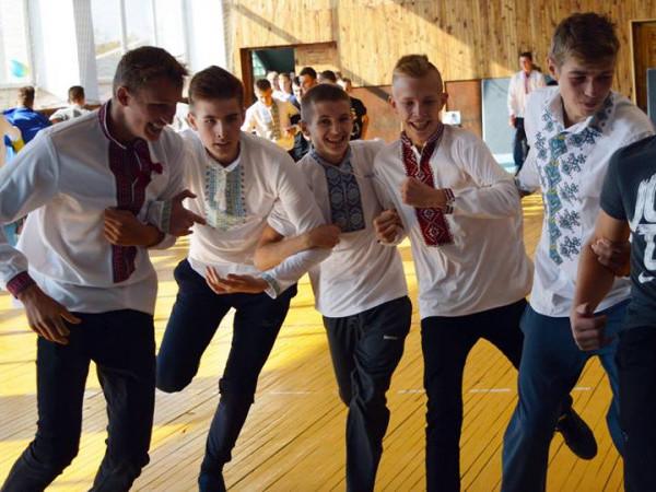 У Горохівському коледжі ЛНАУ визначали найкращих козаків