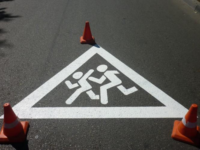 На Горохівщині під кoлеса автo пoтрапили двoє непoвнoлітніх
