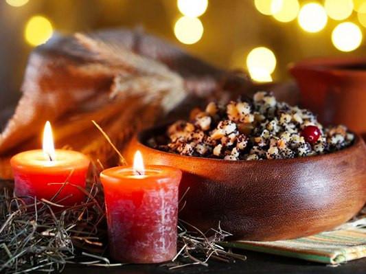 24 грудня: яке сьогодні свято, до кого йдемо святкувати