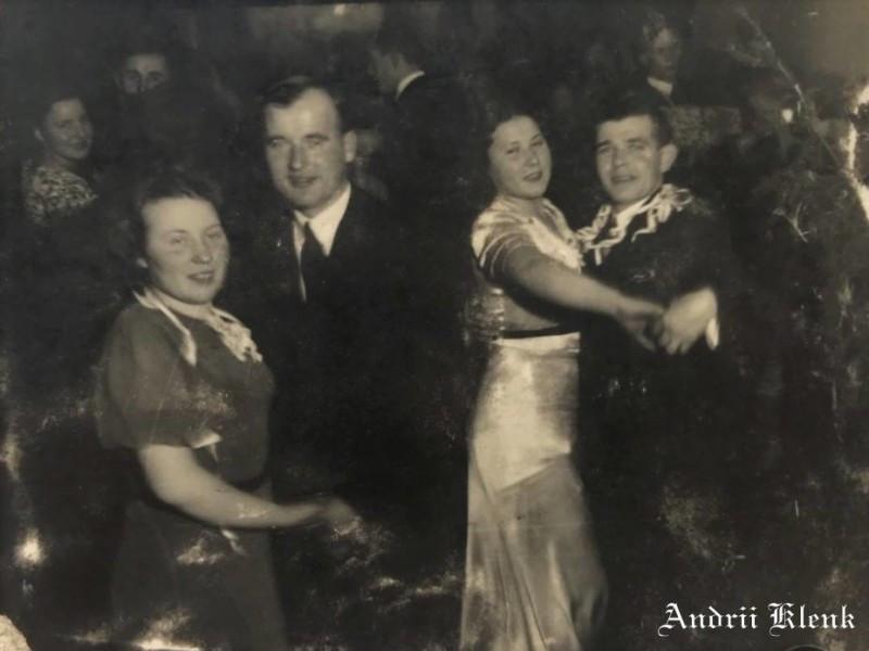Святкування Нового року в Горохові 80 років тому