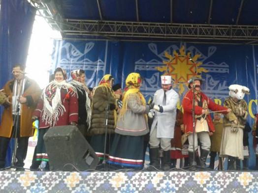 Театрали Горохівського району колядували на концерті у Луцьку