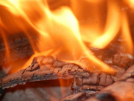 На Горохівщині горіла дерев'яна будівля