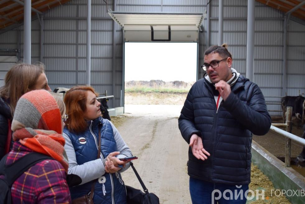 Заступник директора з питань тваринництва ПОСП імені Івана Франка Дмитро Самсоненко
