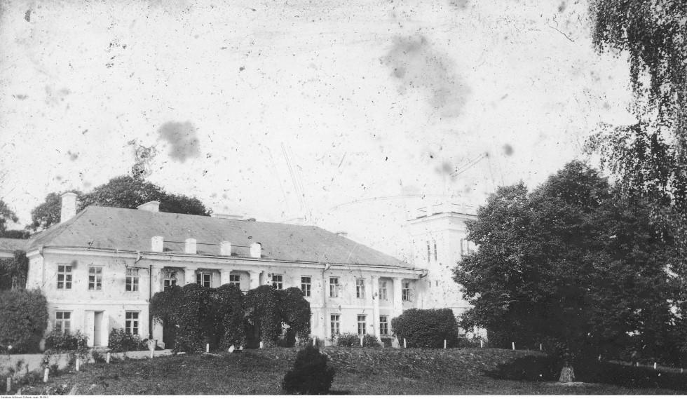 Палац в часи Першої світової війни. Фото з Національного цифрового архіву Польщі