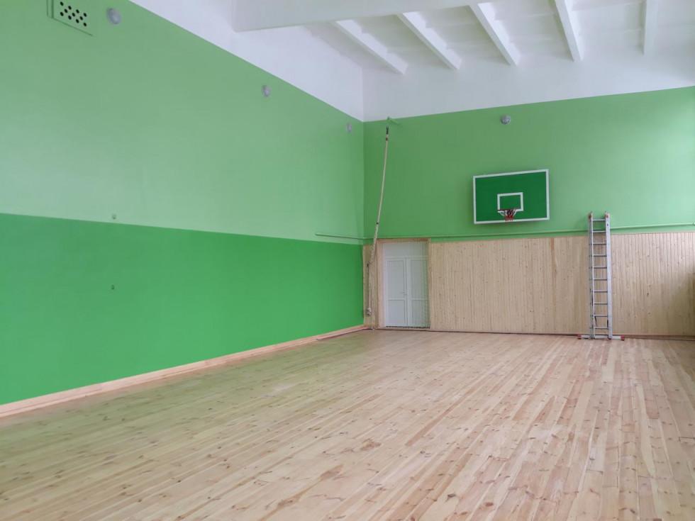 Спортзал Звиняченської школи - один з кращих у районі