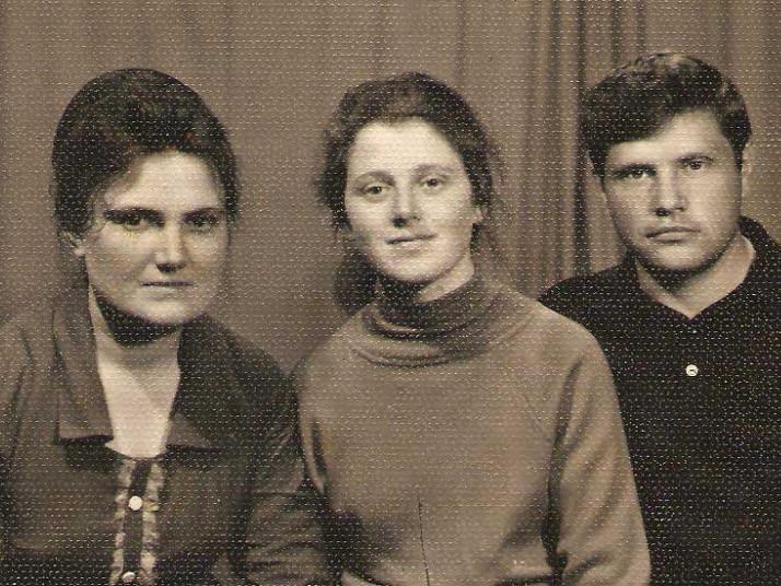 Ганна Бабій  разом із колегами - Галиною Кос та Василем Дубінським