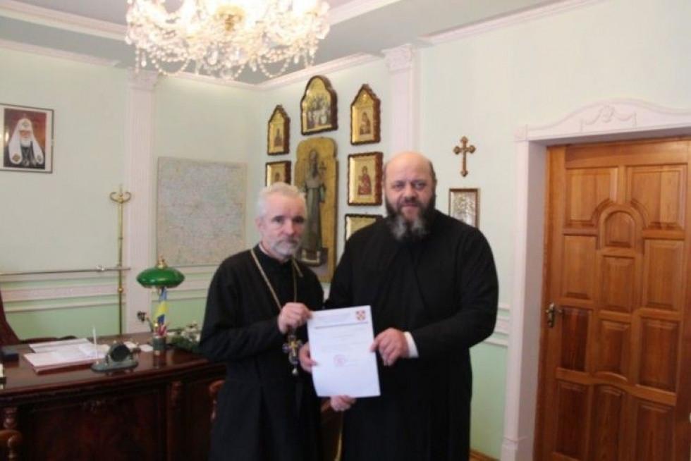 Отець Павло Кліцук після прийняття до Православної Церкви України з митрополитом Михаїлом