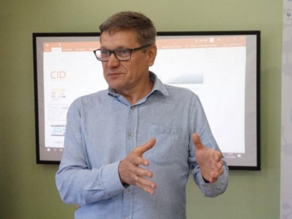 Керівник Волинського регіонального офісу Програми«U-LEADз Європою»Анатолій Пархом'юк.